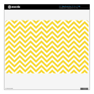 Yellow and White Zigzag Stripes Chevron Pattern Decal For The MacBook Air