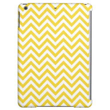 Beach Themed Yellow and White Zigzag Stripes Chevron Pattern iPad Air Cover