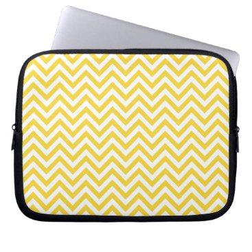 Beach Themed Yellow and White Zigzag Stripes Chevron Pattern Laptop Sleeve