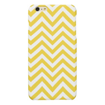 Beach Themed Yellow and White Zigzag Stripes Chevron Pattern Matte iPhone 6 Plus Case