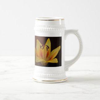 Yellow Asiatic Lily Mug