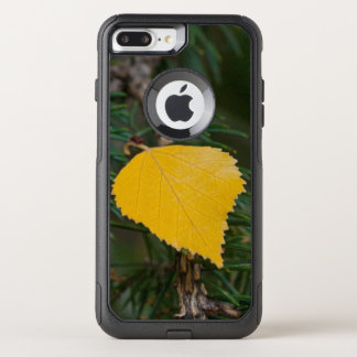 Yellow Aspen Leave on Evergreen Branch Photograph OtterBox Commuter iPhone 8 Plus/7 Plus Case