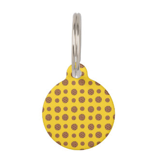 Yellow chocolate chip cookies pattern pet tags