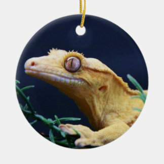 Yellow Crested Gecko Resting Double-Sided Ceramic Round Christmas Ornament