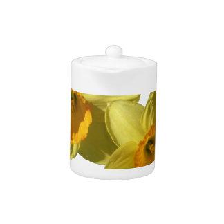 Yellow Daffodils 2.2.2.f Teapot