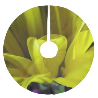 Yellow Daisy All Wild In The Morning Brushed Polyester Tree Skirt