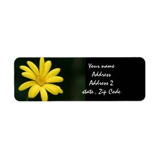 Yellow Daisy flower Label