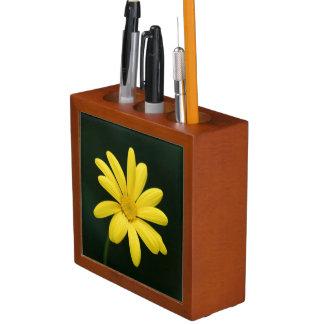 Yellow Daisy flower Pencil Holder