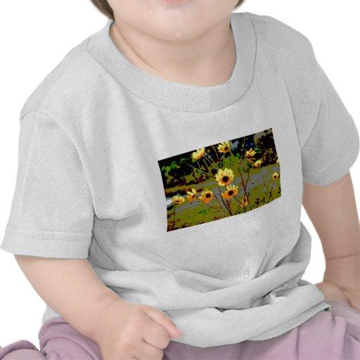 Yellow daisy ish flowers green background t-shirts