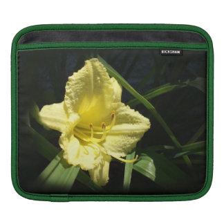 Yellow Daylily Flower: Hemerocallis iPad Sleeve