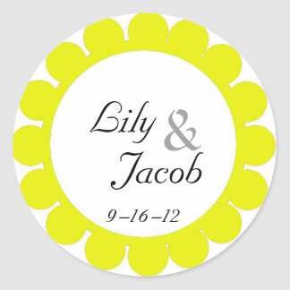 Yellow Flower Favor Label for Wedding Favor Boxes Round Stickers
