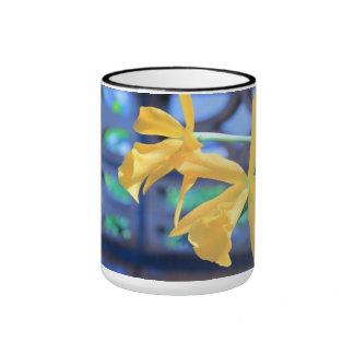 yellow flower ringer mug