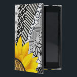 "Yellow Flower Sun Ray Pattern ipad Case<br><div class=""desc"">Yellow Flower Sun Ray Black and White Pattern ipad Case</div>"