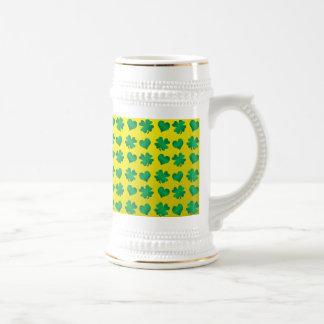 Yellow green shamrocks and hearts 18 oz beer stein