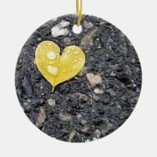 Yellow Heart Leaf with Raindrop Ceramic Ornament