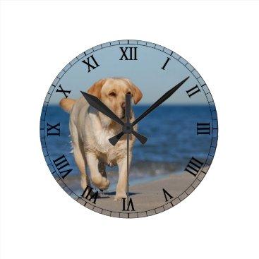 Beach Themed Yellow labrador retriever on the beach round clock