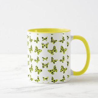 Yellow Leopard Print Butterfly Pattern Mug