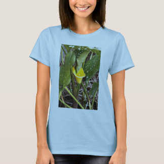 Yellow Lilly 5 25 2009 T-Shirt
