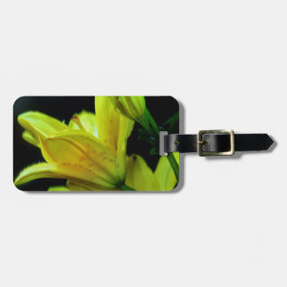 Yellow Lily with Wind Effect Tag For Luggage