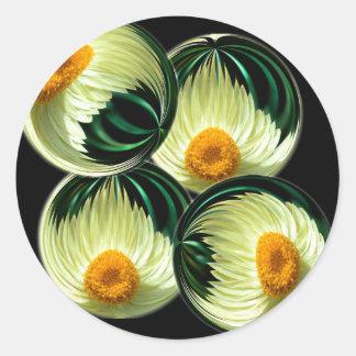 Yellow Paper Daisy Classic Round Sticker
