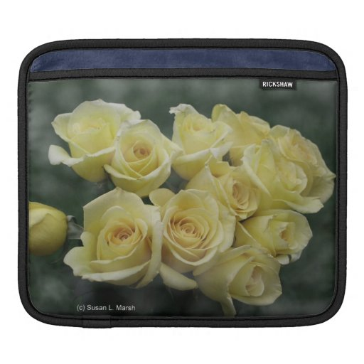 Yellow Rose bouquet spotted background Sleeve For iPads