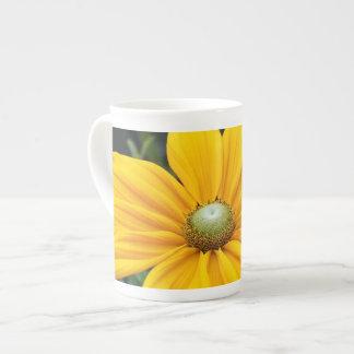 Yellow rudbeckia flower print tea cup