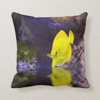 Yellow Surgeon fish looks at it's reflection Throw Pillow