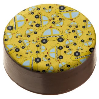 Yellow taxi pattern chocolate covered oreo