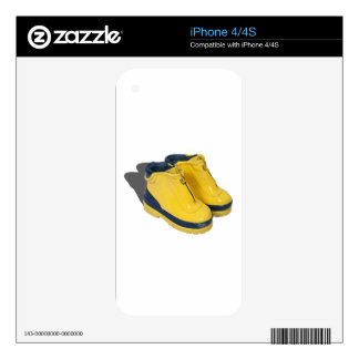 YellowRubberBoots042112.png Skins For iPhone 4