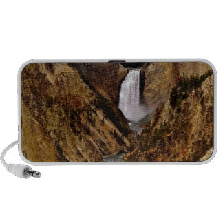 YELLOWSTONE FALL IN YELLOWSTONE NATIONAL PARK TRAVEL SPEAKERS