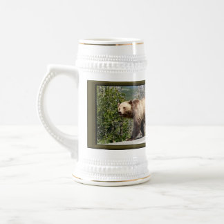 Yellowstone Grizzly Bear Mama and Cubs Beer Stein