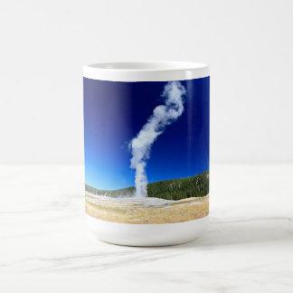 YELLOWSTONE - OLD FAITHFUL COFFEE MUG