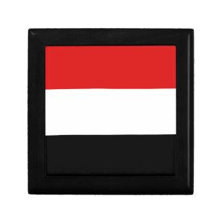 Yemen Flag Gift Box