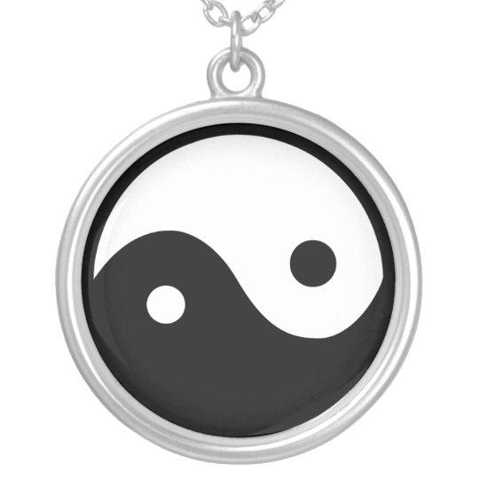 Yen & yang symbol necklace