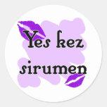 Yes kez sirumen - Armenian - I Love You Round Sticker