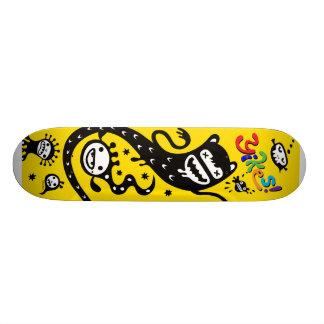 Yikes - Skateboard - Yellow