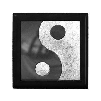 Yin and Yang Gift Box