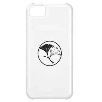 Yin and yang ginkgo leaves in threadlike ring case for iPhone 5C