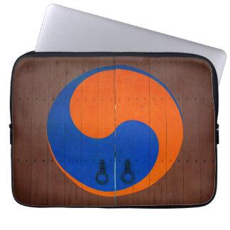 Yin and Yang symbol, South Korea Laptop Sleeve
