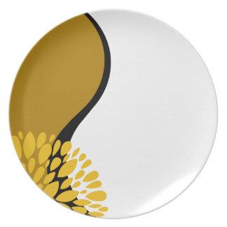Yin blanco negro amarillo de oro moderno fresco plato de comida