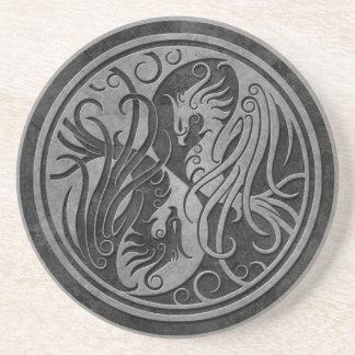 Yin de piedra oscuro Yang Phoenix Posavasos Diseño