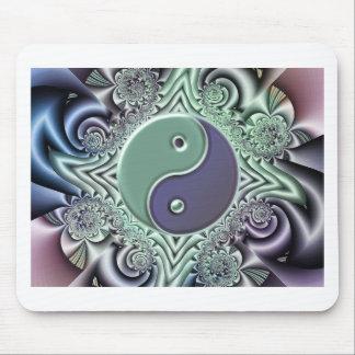 Yin en colores pastel Yang Alfombrillas De Raton