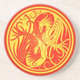 Yin rojo y amarillo Yang Phoenix Posavasos Personalizados