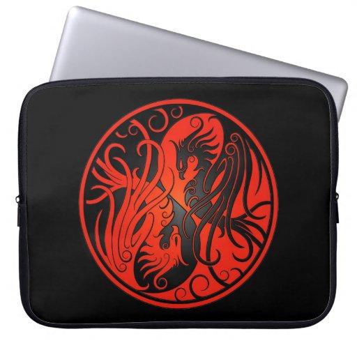 Yin rojo y negro Yang Phoenix Funda Computadora