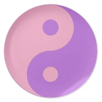 Yin rosado y púrpura Yang Plato