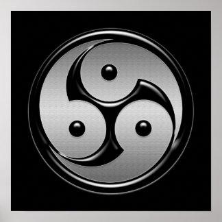 Yin triple Yang - metal y negro brillante Posters