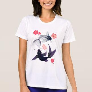 Yin y Yang Koi y camisetas de las flores de cerezo Playeras