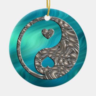 Yin y Yang/los corazones PLATEAN ondas azulverdes Adorno Redondo De Cerámica