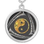 Yin y Yang/tribal - plata del oro Colgantes Personalizados