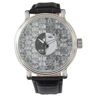 yin yan wristwatch